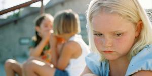 criancas-timidas-a-se-integrarem-nos-grupos-sociais